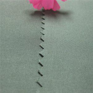 गर्म बिक्री पोंगी कपड़े 100% पॉलिएस्टर यार्न रंगे पोंगी कपड़े 190t